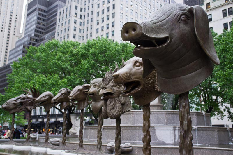 Circle of Animals / Zodiac Heads par l'artiste Ai Weiwei, New York City, 2011